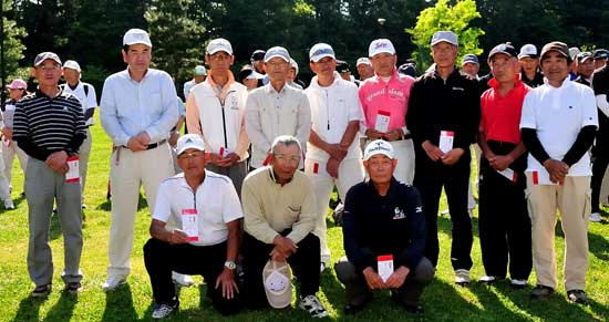 男子Aクラス後列左から二人目4位:安本好孝さん、後列右から三人目9位:岡部尚武さん