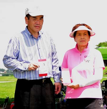 ベストグロス賞:男子-安本好孝さん、女子-宮下久美子さん