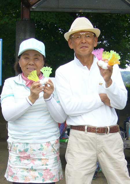 ベストグロス賞 男子:松山紀夫さん 女子:小泉久美子さん