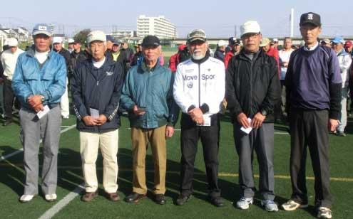 (男子一般クラス)左から1人目 優勝:相沢泰彦さん