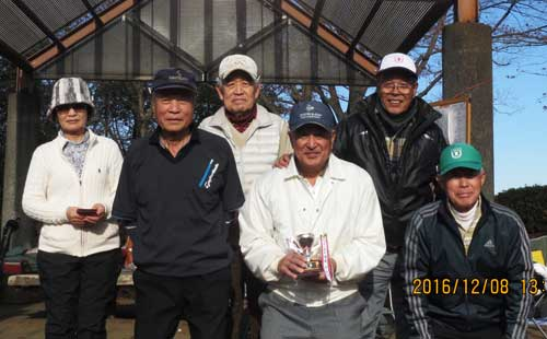 (入賞者)右から、3位:野口勲さん、4位:山内英雄さん、優勝:浅野輝雄さん 5位:飯田守さん 準優勝:黒沢好治さん